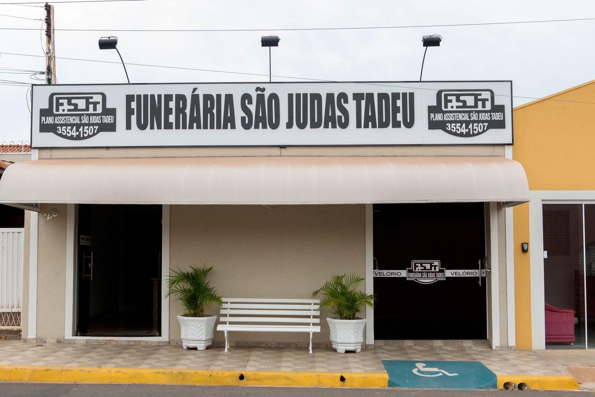 fachada-funerária